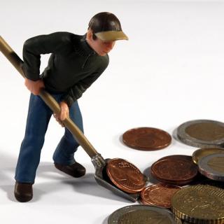 Kleine Geldbeträge zu sparen führt nicht zum finanziellen Wohlstand