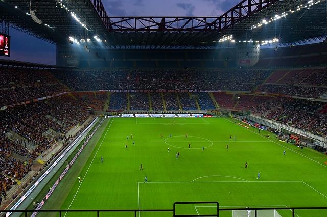 Gerechtes Einkommen - Fußball-Stadion