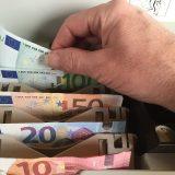 gerechtes Einkommen - Geldkasse