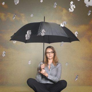Geldregen_Dollar - Macht Geld glücklich?