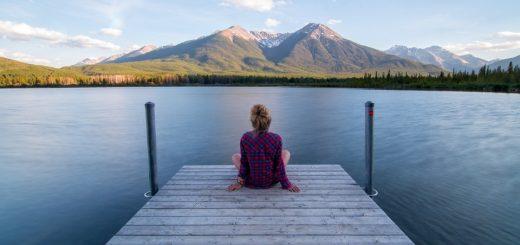 Vorteile regelmäßiger Dividenden für den Urlaub - Entspannung, Berge, See, Ruhe
